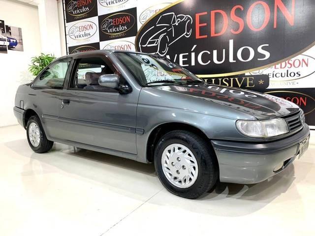 //www.autoline.com.br/carro/volkswagen/logus-20-glsi-108cv-2p-gasolina-manual/1994/blumenau-sc/15261711