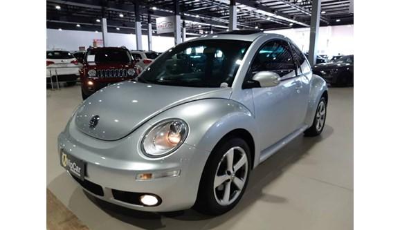 //www.autoline.com.br/carro/volkswagen/new-beetle-20-8v-gasolina-2p-automatico/2010/blumenau-sc/8509557