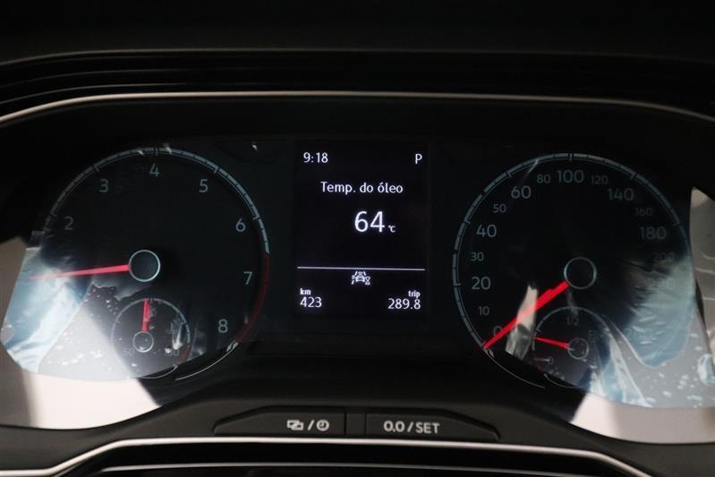 //www.autoline.com.br/carro/volkswagen/nivus-10-200-tsi-highline-12v-flex-4p-turbo-automat/2021/recife-pe/14608631