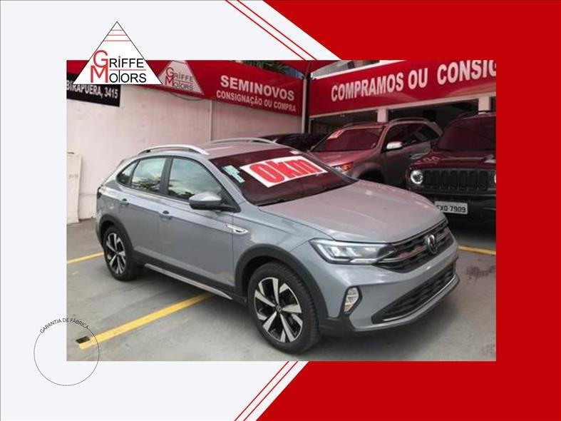 //www.autoline.com.br/carro/volkswagen/nivus-10-200-tsi-highline-12v-flex-4p-turbo-automat/2021/sao-paulo-sp/14778774