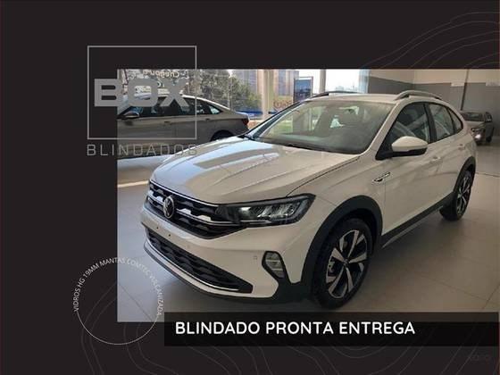 //www.autoline.com.br/carro/volkswagen/nivus-10-200-tsi-highline-12v-flex-4p-turbo-automat/2021/sao-paulo-sp/14915750