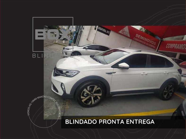 //www.autoline.com.br/carro/volkswagen/nivus-10-200-tsi-highline-12v-flex-4p-turbo-automat/2021/sao-paulo-sp/14919968