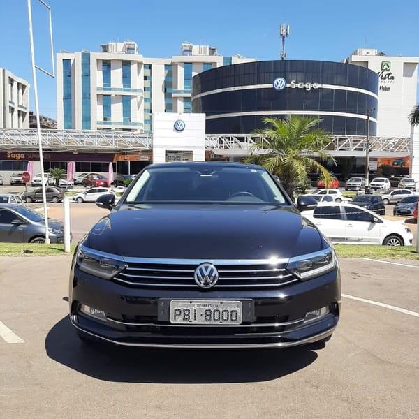 //www.autoline.com.br/carro/volkswagen/passat-20-tsi-highline-16v-gasolina-4p-turbo-dsg/2018/brasilia-df/12536432