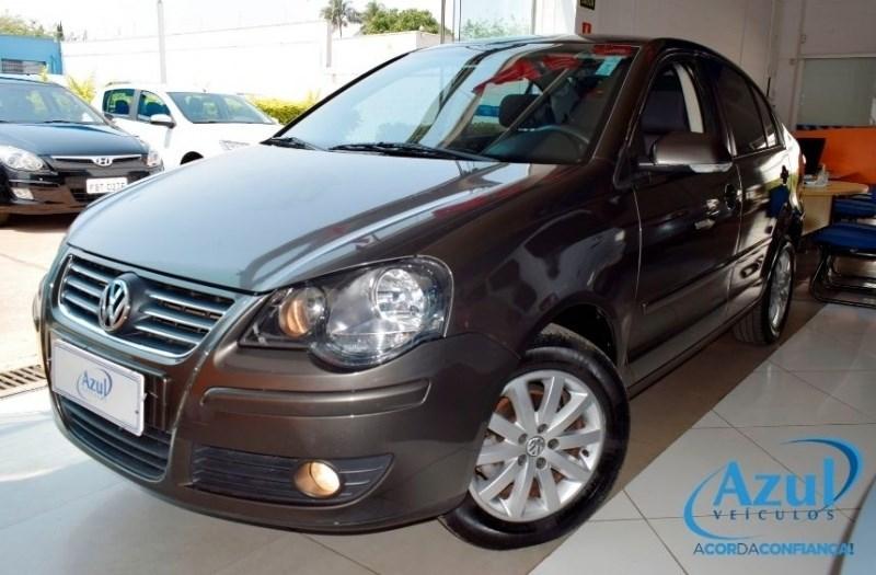 //www.autoline.com.br/carro/volkswagen/polo-16-sedan-comfortline-8v-flex-4p-i-motion/2010/campinas-sp/12319120