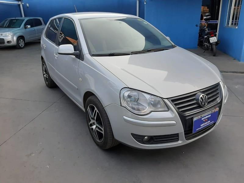 //www.autoline.com.br/carro/volkswagen/polo-16-sedan-8v-flex-4p-manual/2009/goiania-go/12600599