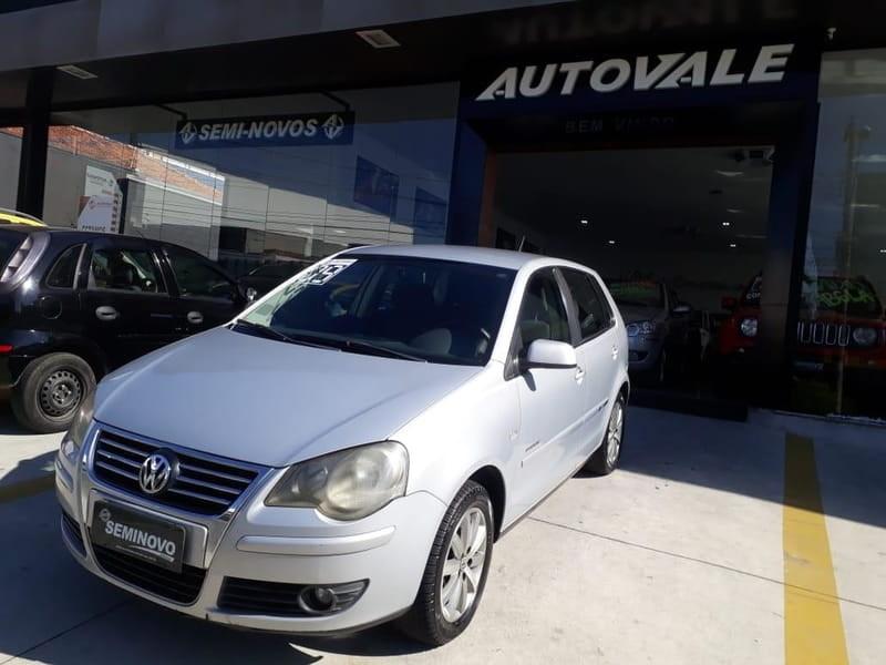 //www.autoline.com.br/carro/volkswagen/polo-16-hatch-sportline-8v-flex-4p-manual/2009/mogi-das-cruzes-sp/12857915