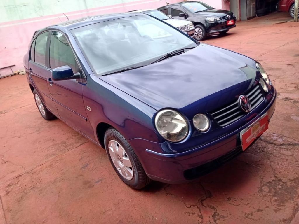 //www.autoline.com.br/carro/volkswagen/polo-16-sedan-8v-gasolina-4p-manual/2003/ribeirao-preto-sp/13120157