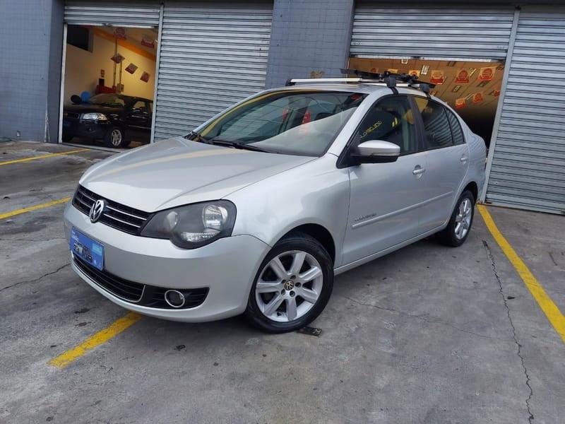 //www.autoline.com.br/carro/volkswagen/polo-16-sedan-8v-flex-4p-manual/2013/mogi-das-cruzes-sp/14037581