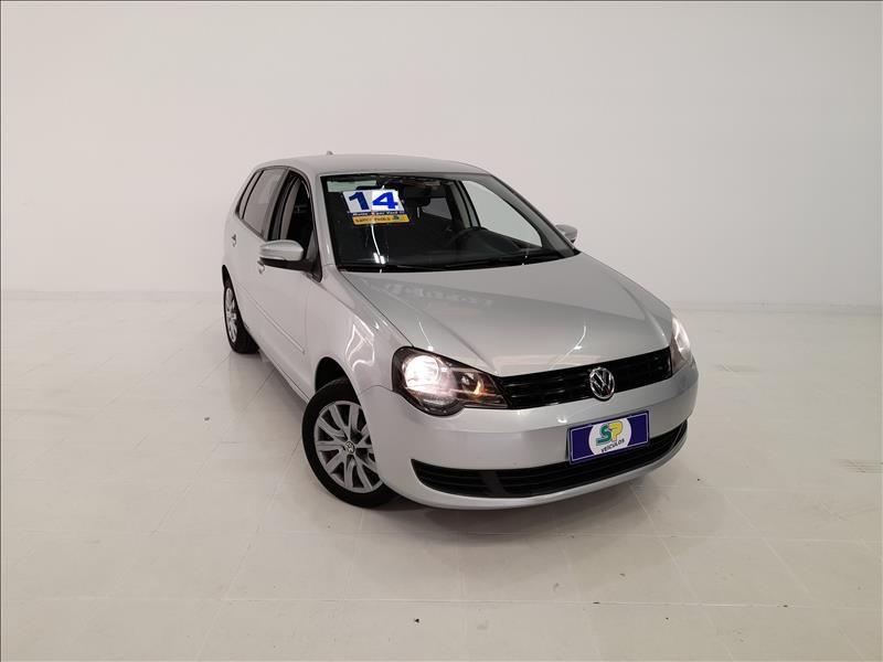 //www.autoline.com.br/carro/volkswagen/polo-16-sedan-comfortline-8v-flex-4p-i-motion/2014/sao-paulo-sp/14465603