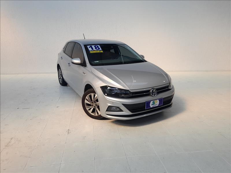 //www.autoline.com.br/carro/volkswagen/polo-10-hatch-200-tsi-comfortline-12v-flex-4p-turb/2018/sao-paulo-sp/14951869