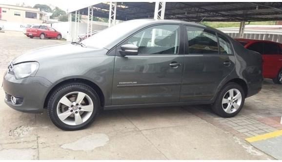 //www.autoline.com.br/carro/volkswagen/polo-16-comfortline-8v-sedan-flex-4p-manual/2014/mafra-sc/5399144