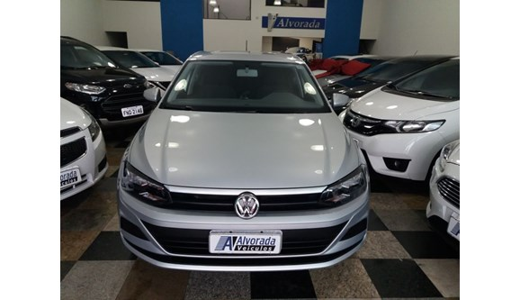 //www.autoline.com.br/carro/volkswagen/polo-10-12v-flex-4p-manual/2018/americana-sp/6925237
