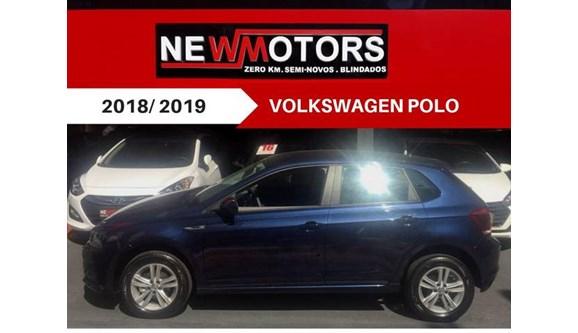 //www.autoline.com.br/carro/volkswagen/polo-10-comfortline-12v-flex-4p-automatico/2018/sao-paulo-sp/7037594