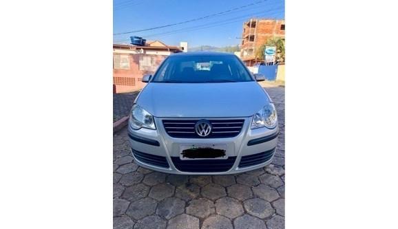 //www.autoline.com.br/carro/volkswagen/polo-16-comfortline-8v-sedan-flex-4p-manual/2008/itabira-mg/7608209