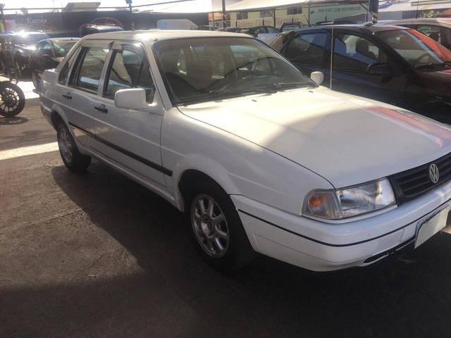 //www.autoline.com.br/carro/volkswagen/santana-20-gli-8v-gasolina-4p-manual/1996/bauru-sp/11853058
