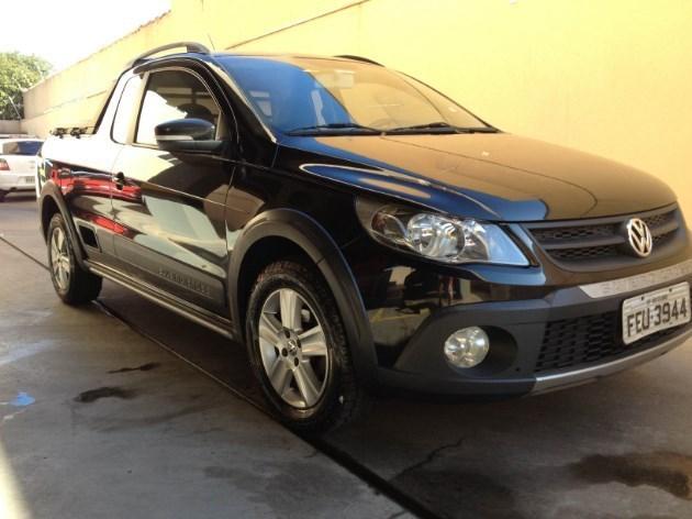 //www.autoline.com.br/carro/volkswagen/saveiro-16-ce-cross-8v-flex-2p-manual/2013/limeira-sp/10709629