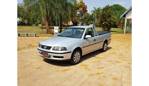 //www.autoline.com.br/carro/volkswagen/saveiro-18-8v-gasolina-2p-manual/2001/penapolis-sp/9466706