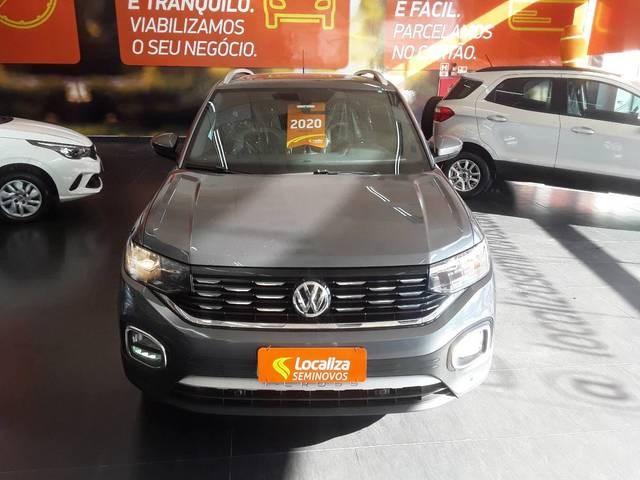 //www.autoline.com.br/carro/volkswagen/t-cross-14-250-tsi-highline-16v-flex-4p-turbo-automat/2020/sao-paulo-sp/15272354