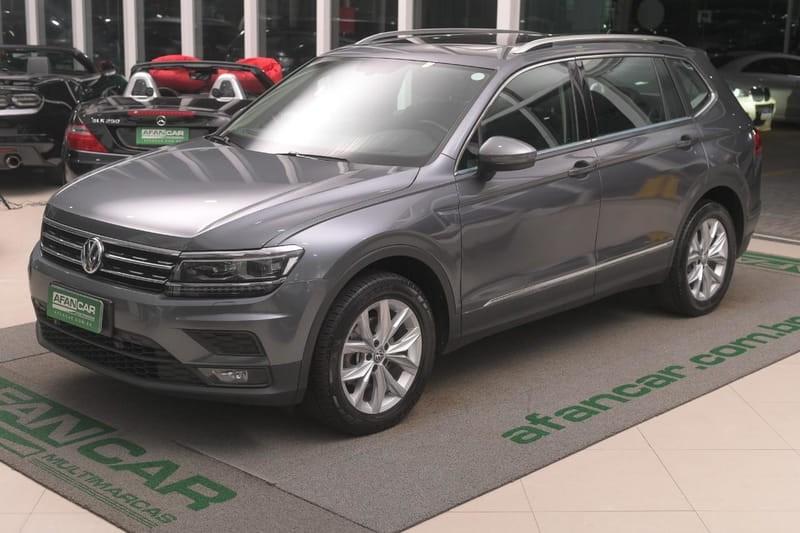 //www.autoline.com.br/carro/volkswagen/tiguan-allspace-14-250-tsi-comfortline-16v-flex-4p-turbo-dsg/2019/curitiba-pr/12687317