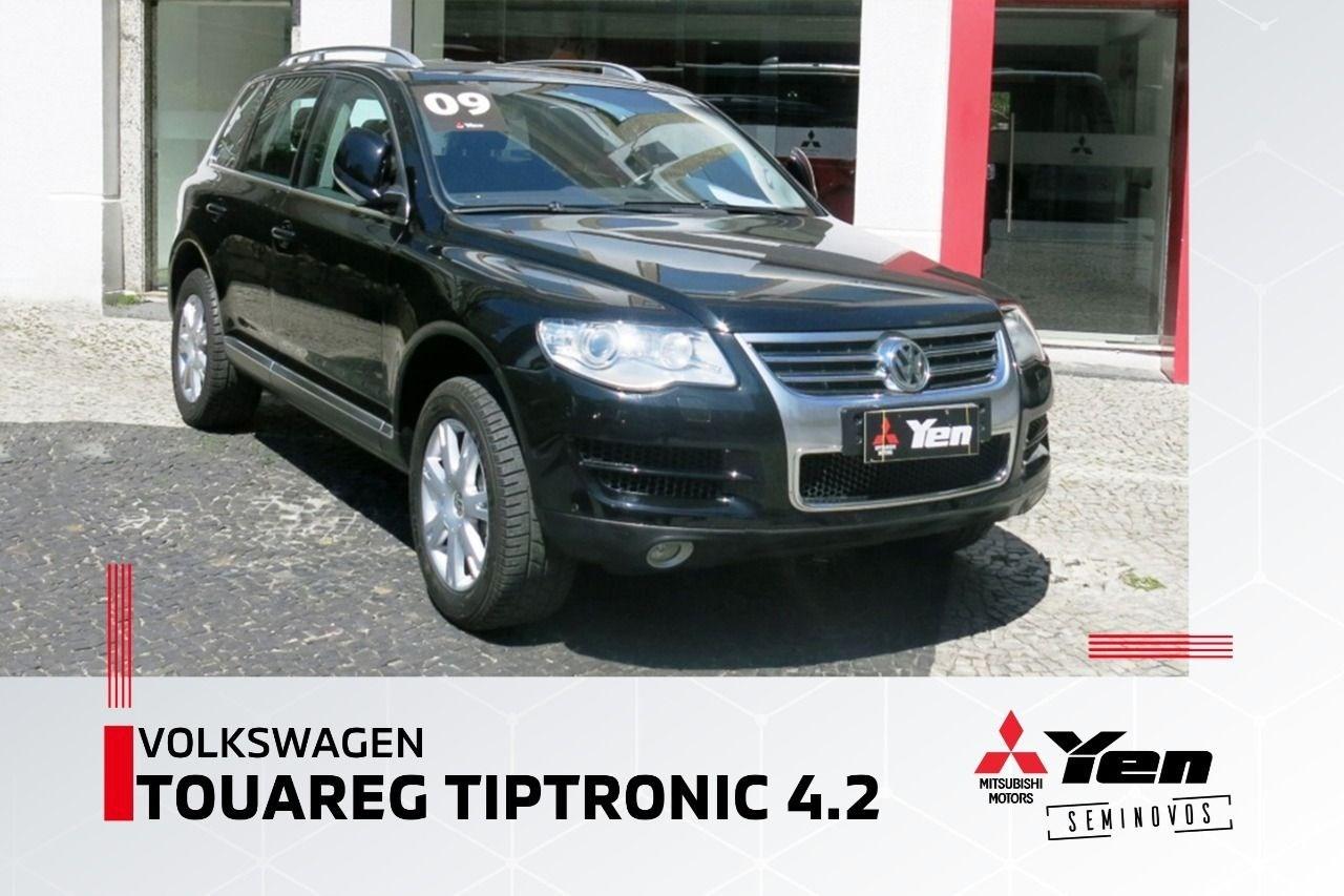 //www.autoline.com.br/carro/volkswagen/touareg-42-v8-40v-gasolina-4p-4x4-tiptronic/2009/rio-de-janeiro-rj/12887701