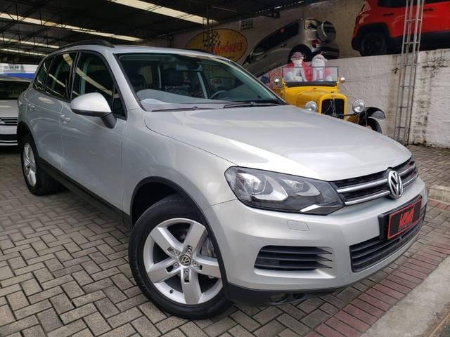 //www.autoline.com.br/carro/volkswagen/touareg-36-v6-fsi-24v-gasolina-4p-4x4-automatico/2014/rio-do-sul-sc/13316897