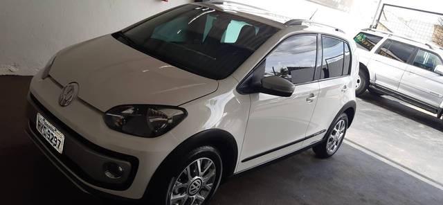 //www.autoline.com.br/carro/volkswagen/up-10-tsi-move-12v-flex-4p-turbo-manual/2017/patrocinio-mg/13385100