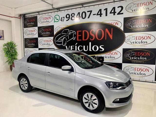 //www.autoline.com.br/carro/volkswagen/voyage-10-tec-8v-flex-4p-manual/2014/blumenau-sc/12064444