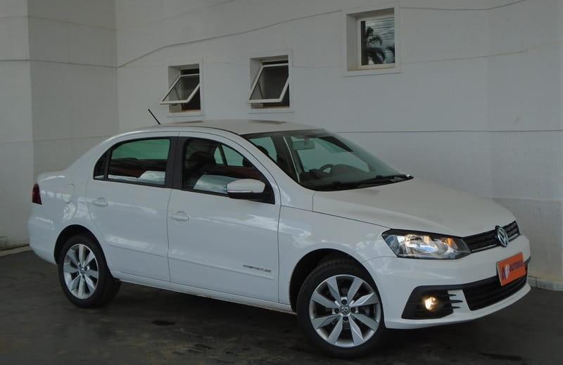 //www.autoline.com.br/carro/volkswagen/voyage-16-comfortline-8v-flex-4p-manual/2018/brasilia-df/13522780
