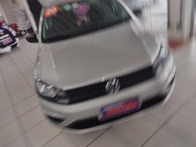 //www.autoline.com.br/carro/volkswagen/voyage-16-8v-flex-4p-manual/2020/sao-paulo-sp/13565792