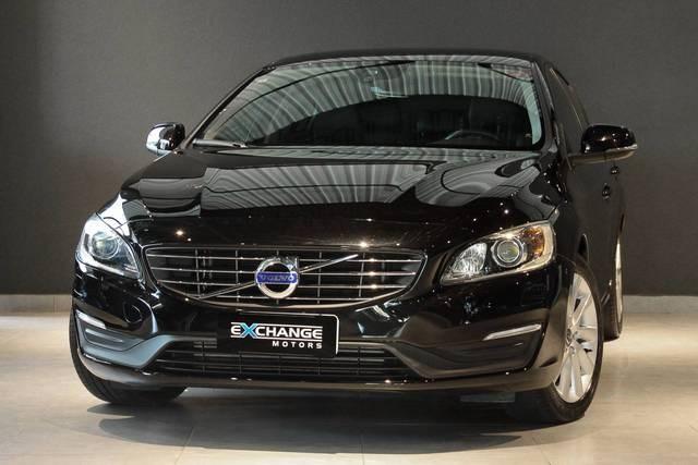 //www.autoline.com.br/carro/volvo/s60-20-kinetic-16v-gasolina-4p-automatico/2016/vinhedo-sp/12816471