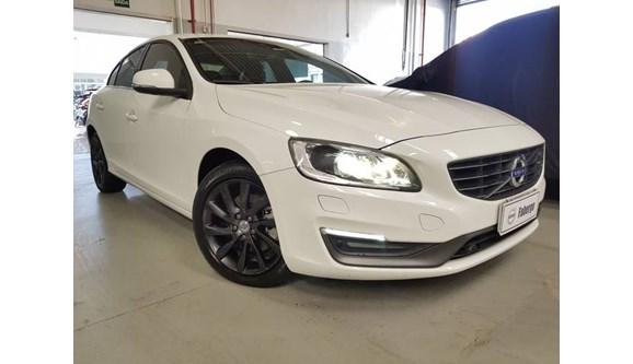 //www.autoline.com.br/carro/volvo/s60-20-kinetic-16v-gasolina-4p-automatico/2015/mogi-das-cruzes-sp/8837626