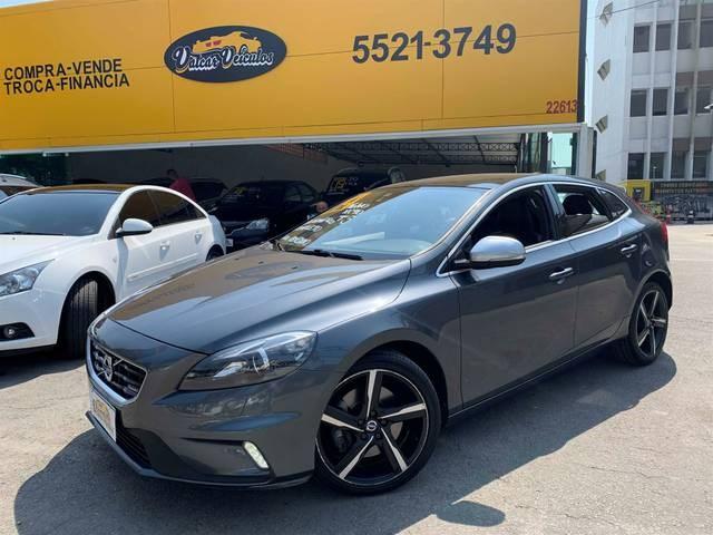 //www.autoline.com.br/carro/volvo/v40-20-r-design-20v-gasolina-4p-automatico/2014/sao-paulo-sp/12559206