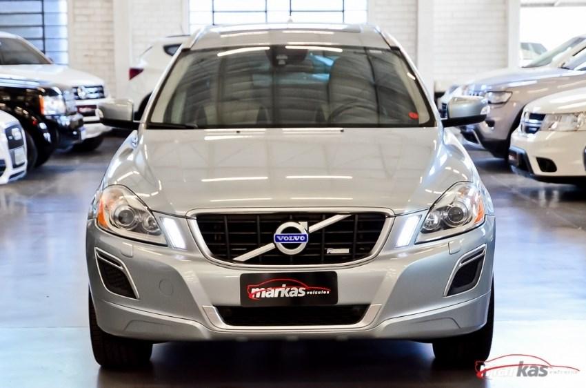 //www.autoline.com.br/carro/volvo/xc60-20-t-5-fwd-4x2-turbo-240cv-4p-gasolina-automa/2013/porto-alegre-rs/11805164