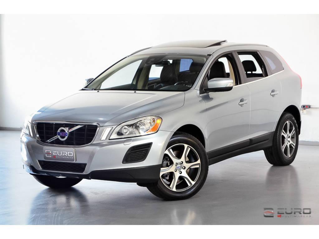 //www.autoline.com.br/carro/volvo/xc60-20-dynamic-t-5-fwd-4x2-turbo-240cv-4p-gasolin/2012/porto-alegre-rs/12428124