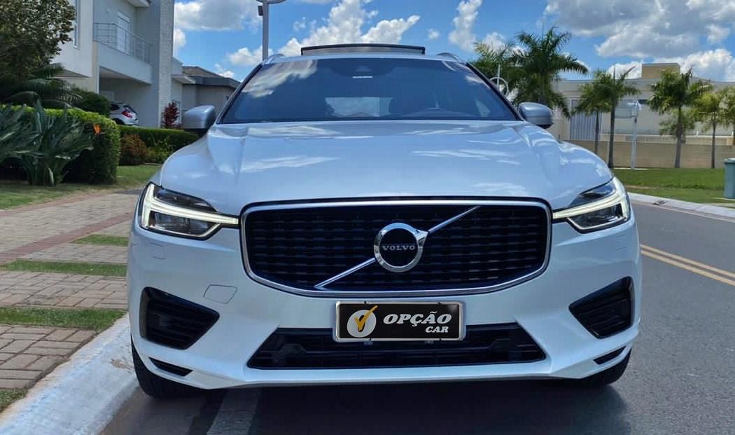 //www.autoline.com.br/carro/volvo/xc60-20-r-design-16v-flex-4p-automatico-4x4/2019/sao-paulo-sp/13080319