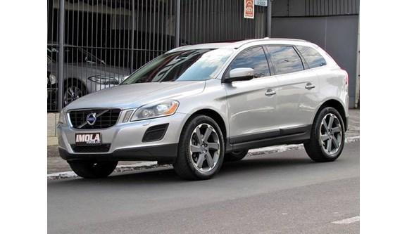 //www.autoline.com.br/carro/volvo/xc60-20-dynamic-16v-gasolina-4p-automatizado/2012/canoas-rs/9071928