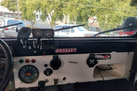 //www.autoline.com.br/carro/willys/jeep-26-6-cilindros-12v-gasolina-2p-manual/1964/espirito-santo-do-pinhal-sp/13334185