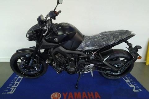 //www.autoline.com.br/moto/yamaha/mt-09-850cc/2021/sao-paulo-sp/13617715