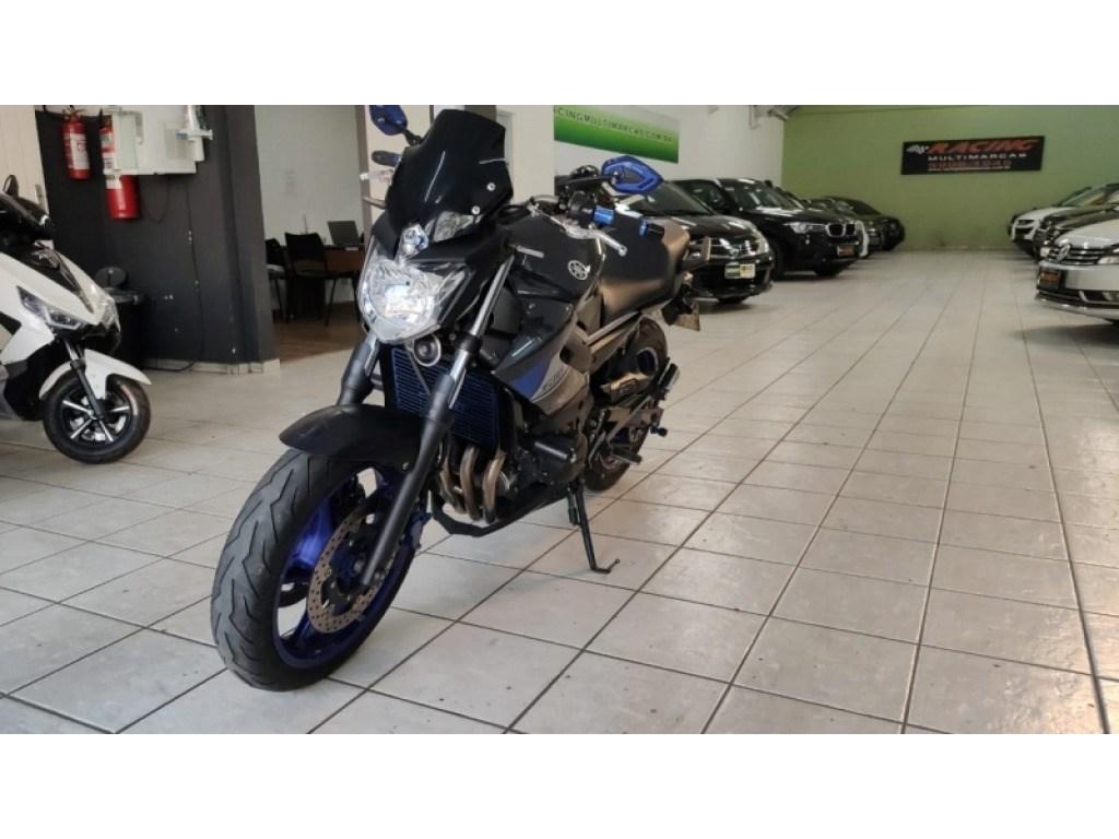 //www.autoline.com.br/moto/yamaha/xj6-n-600-gas-mec-basico/2015/sao-paulo-sp/13096934