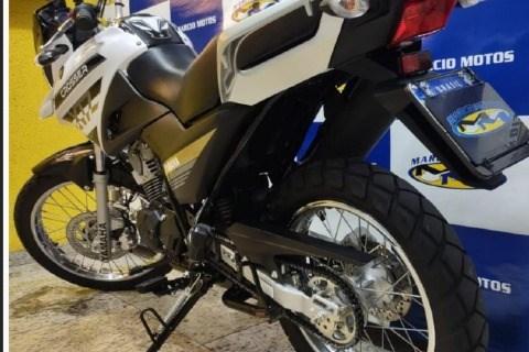 //www.autoline.com.br/moto/yamaha/xtz-150-crosser-s-etagas-mec-basico/2021/sao-paulo-sp/15444242
