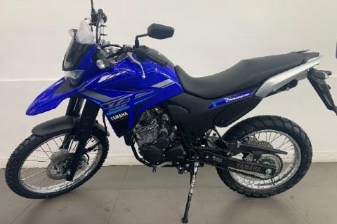 //www.autoline.com.br/moto/yamaha/xtz-250-landerblueflex-249-cc-etagas-mec-basi/2020/sao-paulo-sp/12793660
