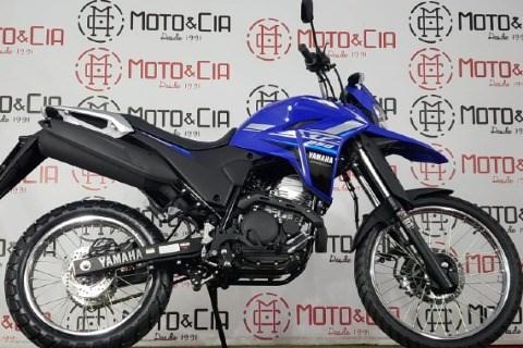 //www.autoline.com.br/moto/yamaha/xtz-250-landerblueflex-249-cc-etagas-mec-basi/2022/uberlandia-mg/15875497