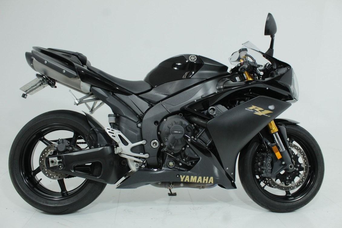 //www.autoline.com.br/moto/yamaha/yzf-r-1-1000-gas-mec-basico/2008/jundiai-sp/12353681