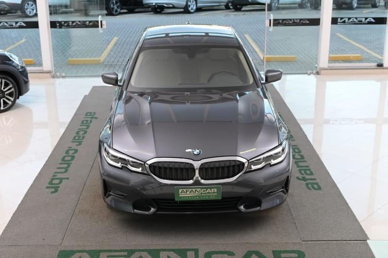 //www.autoline.com.br/carro/bmw/320i-20-sedan-sport-16v-gasolina-4p-turbo-automatico/2020/curitiba-pr/14654939/