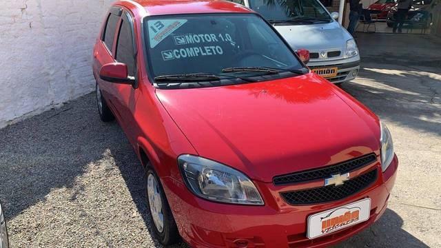 //www.autoline.com.br/carro/chevrolet/celta-10-lt-8v-flex-4p-manual/2013/pelotas-rio-grande-do-sul/13150104/