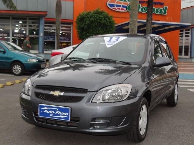 //www.autoline.com.br/carro/chevrolet/celta-10-lt-8v-flex-4p-manual/2013/santo-andre-sao-paulo/13714602/