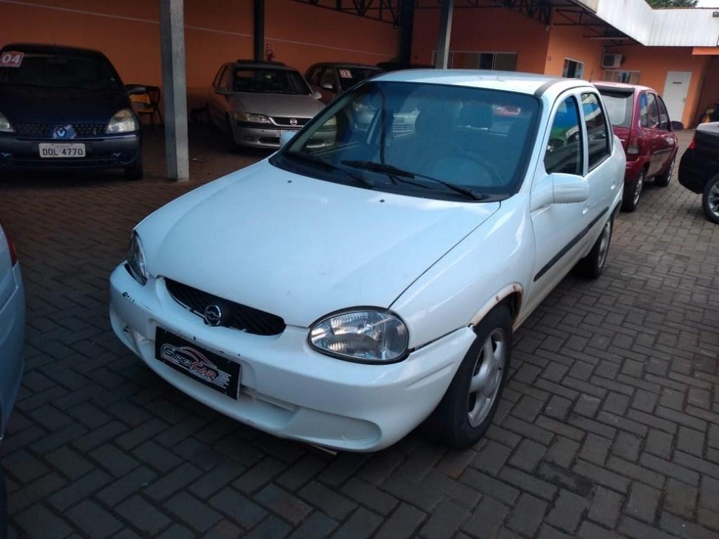 //www.autoline.com.br/carro/chevrolet/corsa-10-sedan-milenium-16v-gasolina-4p-manual/2001/cascavel-parana/13638173/