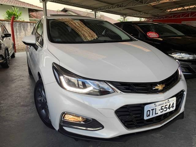//www.autoline.com.br/carro/chevrolet/cruze-14-hatch-sport-ltz-16v-flex-4p-turbo-automatico/2019/guaramirim-sc/14486680/
