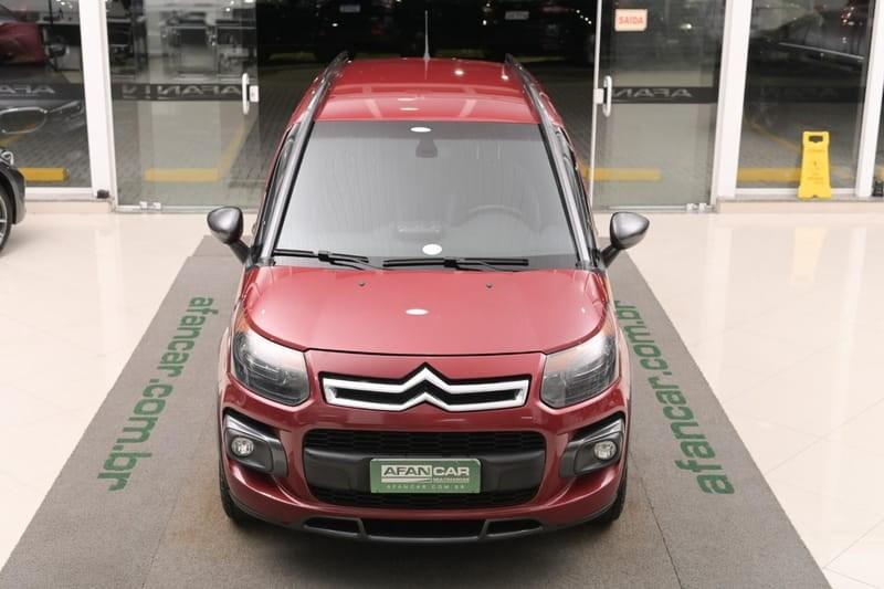 //www.autoline.com.br/carro/citroen/aircross-16-exclusive-salomon-16v-flex-4p-automatico/2015/curitiba-pr/14655019/