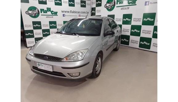 //www.autoline.com.br/carro/ford/focus-20-16v-sedan-gasolina-4p-manual/2006/joinville-santa-catarina/9631062/